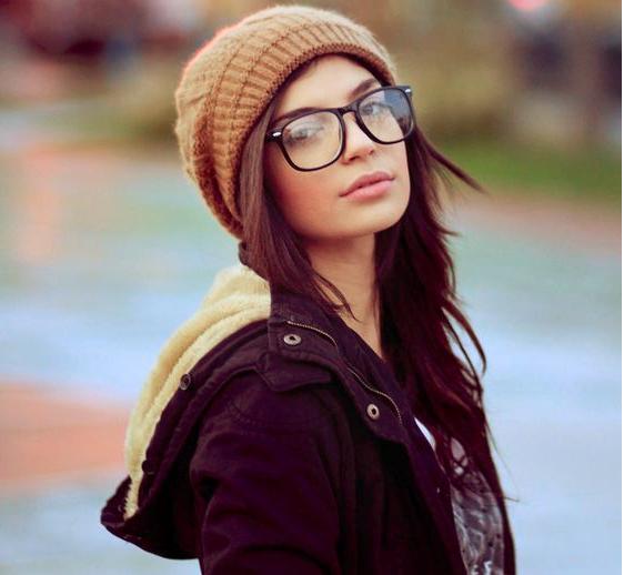 big-glasses-hertrack.com