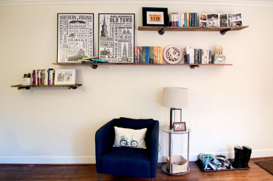 DIY Industrial Farmhouse Floating Shelves Feature